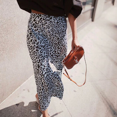 Rebecca Minkoff: New Styles Added to Sale | Up to 65% OFF Sale