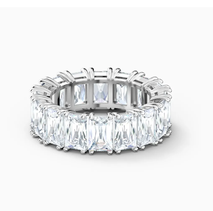Swarovski: Unique Crystal Rings, Modern and Feminine From $49